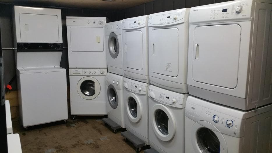 quality-used-stackable-washer-dryers-in-victoria-bc